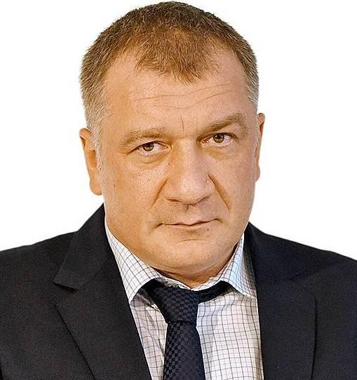 ПЕТРОВВладимир Станиславович